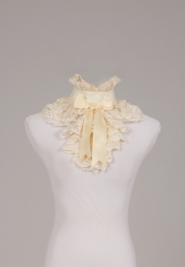 Lacy Victorian Collar