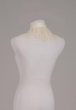Ivory Venice Collar