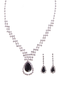 Jet Pear Necklace Set