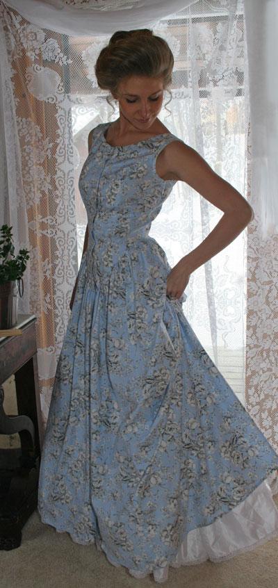 Clearance Blossom Dress - Fits B-40 W-33 40 inch