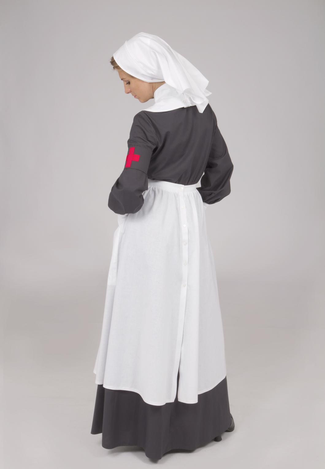 0b9a540ad39b4 World War I Nurse's Uniform   Recollections