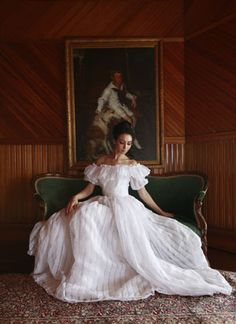 Victorian Wedding Dresses.Victorian Wedding Gowns Capture The Elegance Of The Past For Your