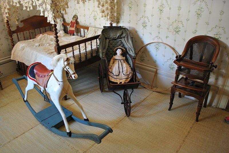 Child's bedroom at Rosedown Plantation