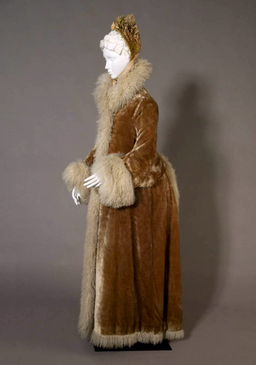 Victorian winter coat