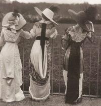 Edwardian women at Ascot - the height of the English social season