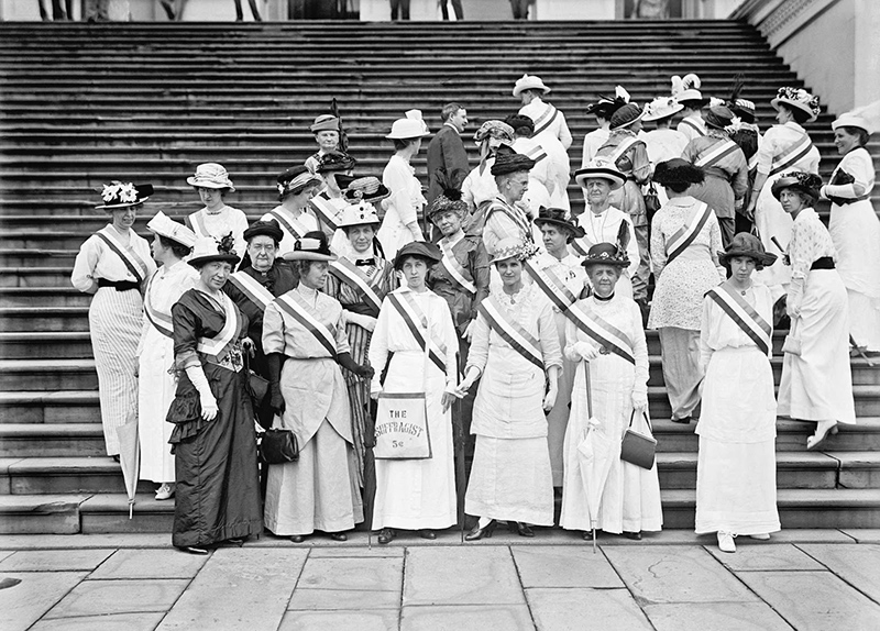Frank Wheeler-Mondell Representative from Wyoming with suffragettes at the Capitol 1914