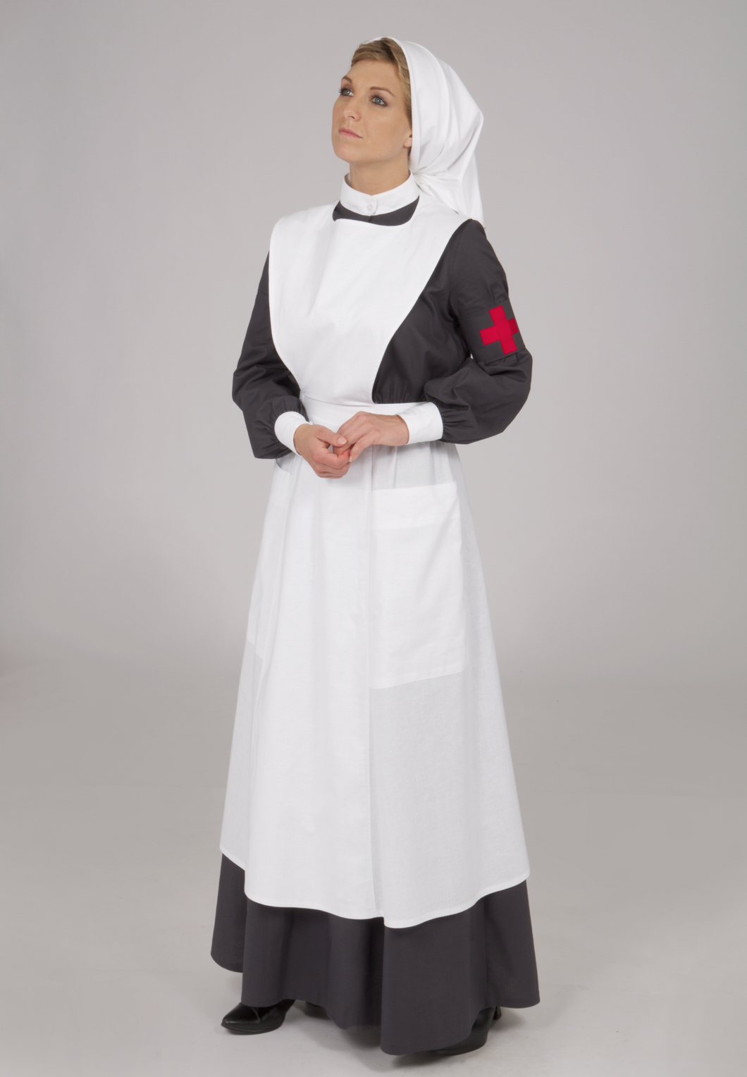 American Women in World War I - nurse's uniform