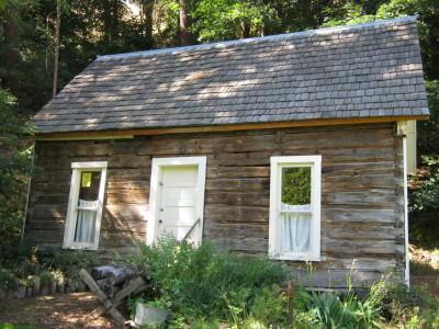 Perkins homestead log cabin built 1870