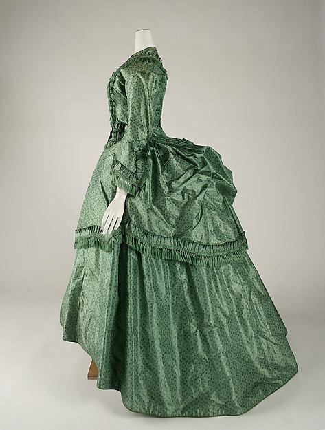 Victorian bustle-1880s