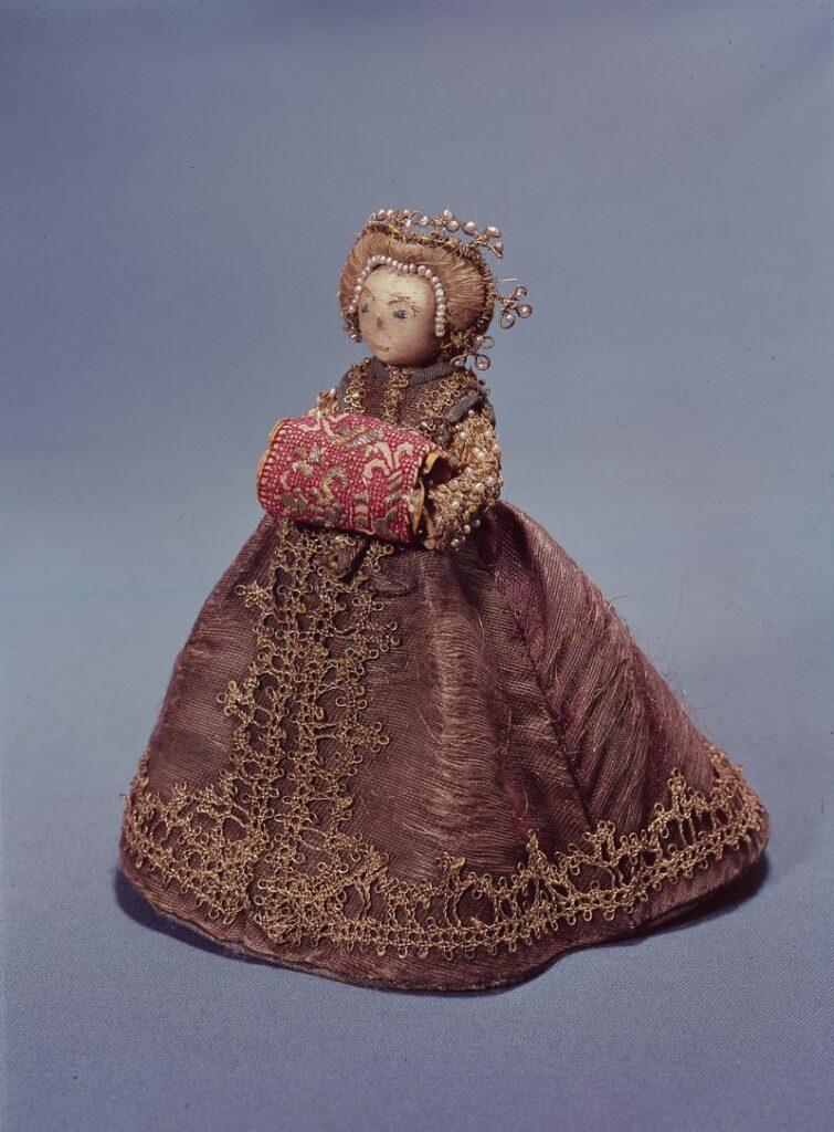 Pandora-doll-1800s