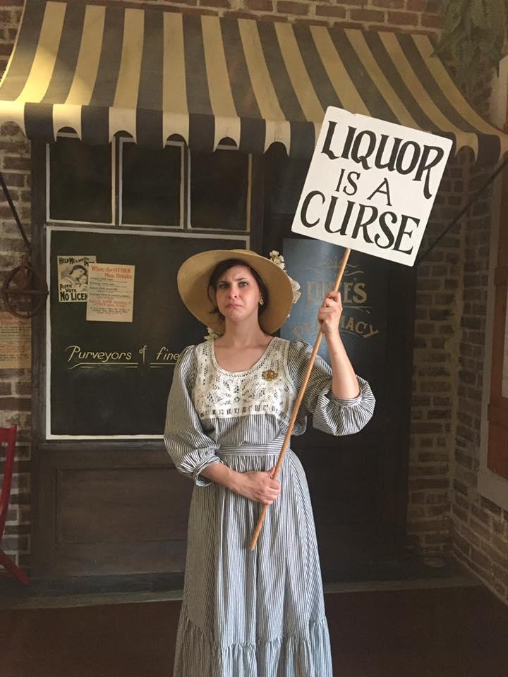 Woman-protesting-Prohibition